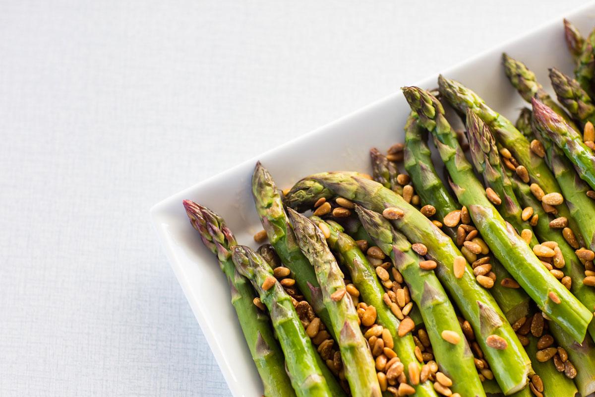 Lettdampede-asparges